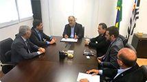 Prefeito tem audiência com vice-governador para tratar de unidade da Fiocruz